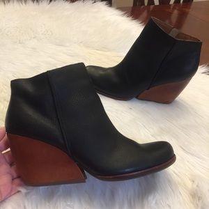 Kork-Ease Pebbled Leather Booties